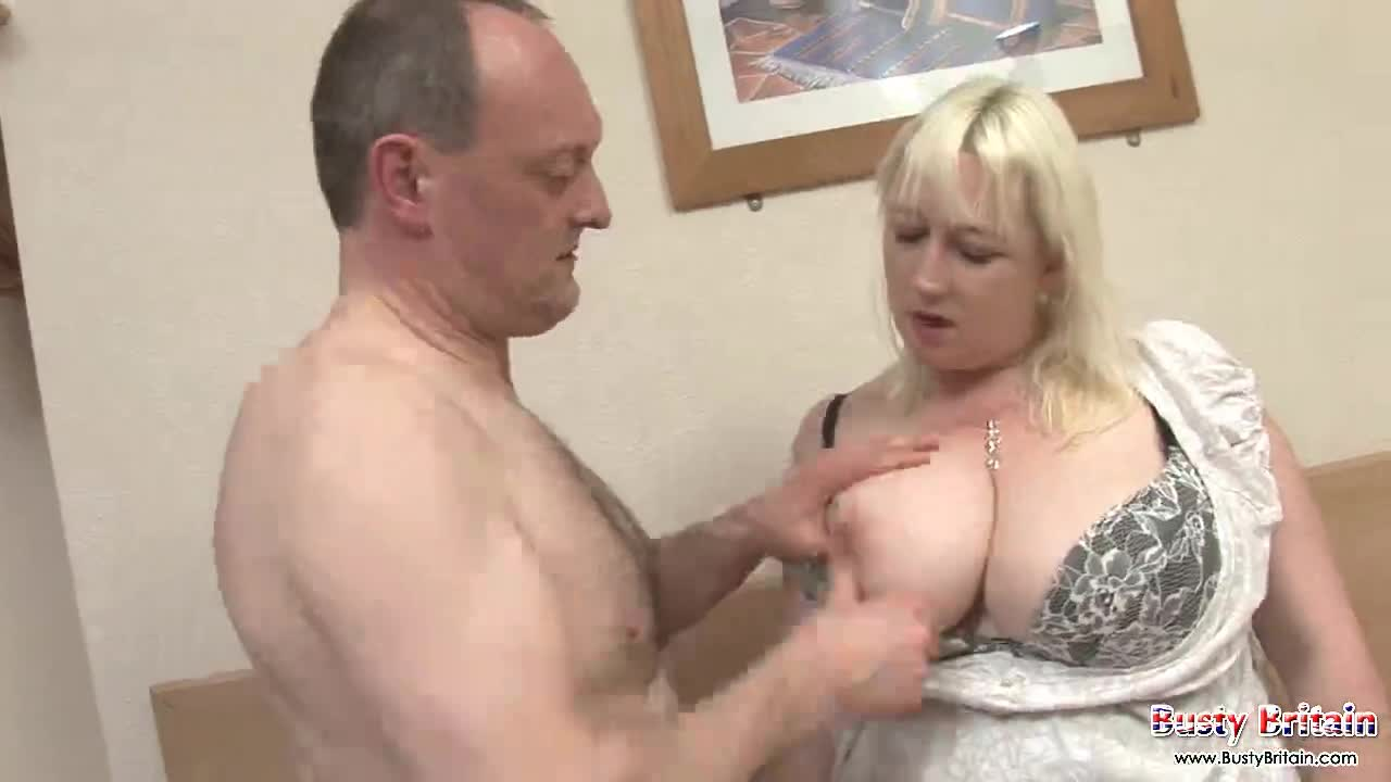 Sexy guy getting blow job