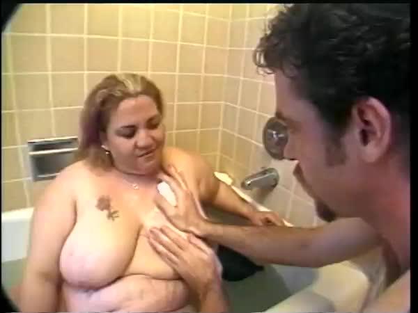 Britney Spears beaver pussy flash
