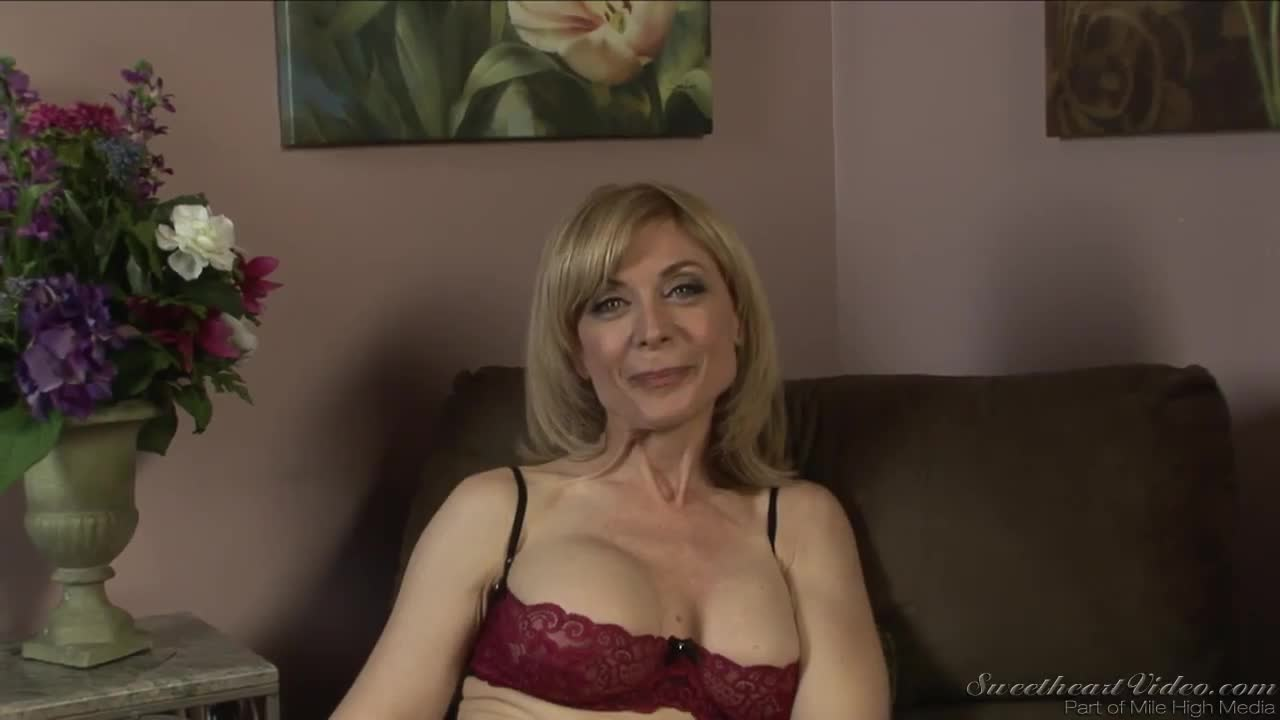 Nina Hartley And Dia Lewa Are Playing With Pussies Xxxbunker