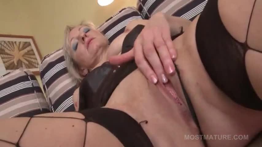 Sierra Cure Rubbing Her Pink Snatch In The Bedroom Porn00 1