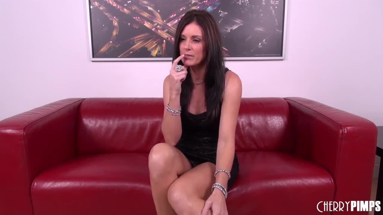 India summer threesome with hope howell