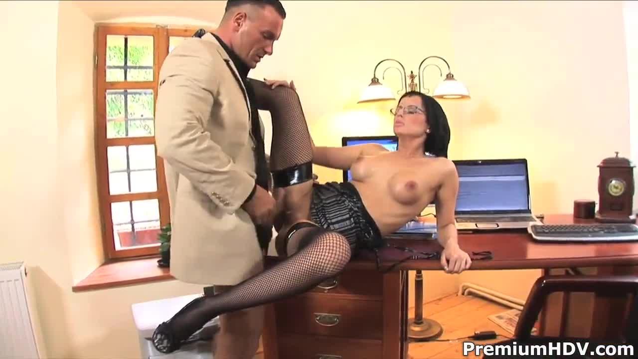 Tabie cumming on cock