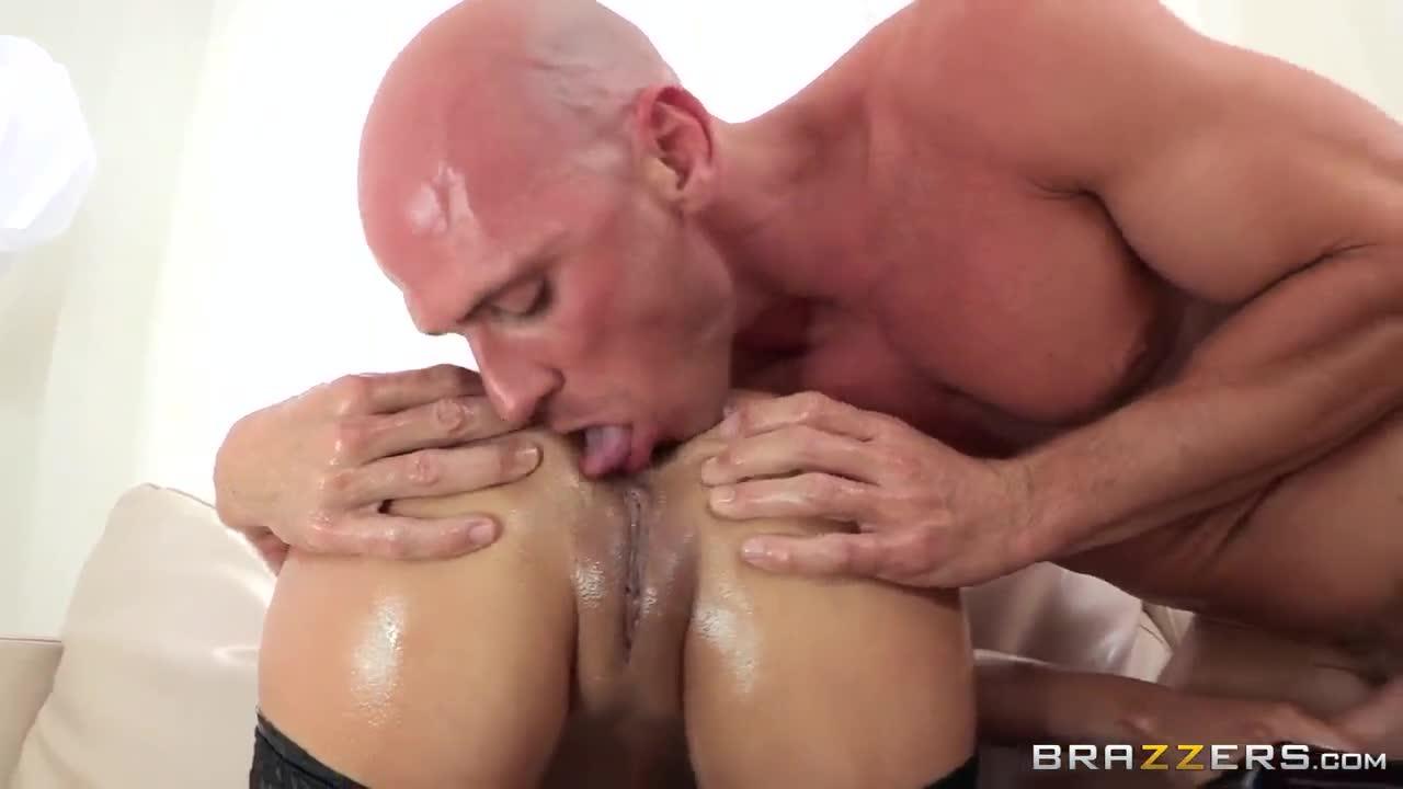 Big tits curvy butts