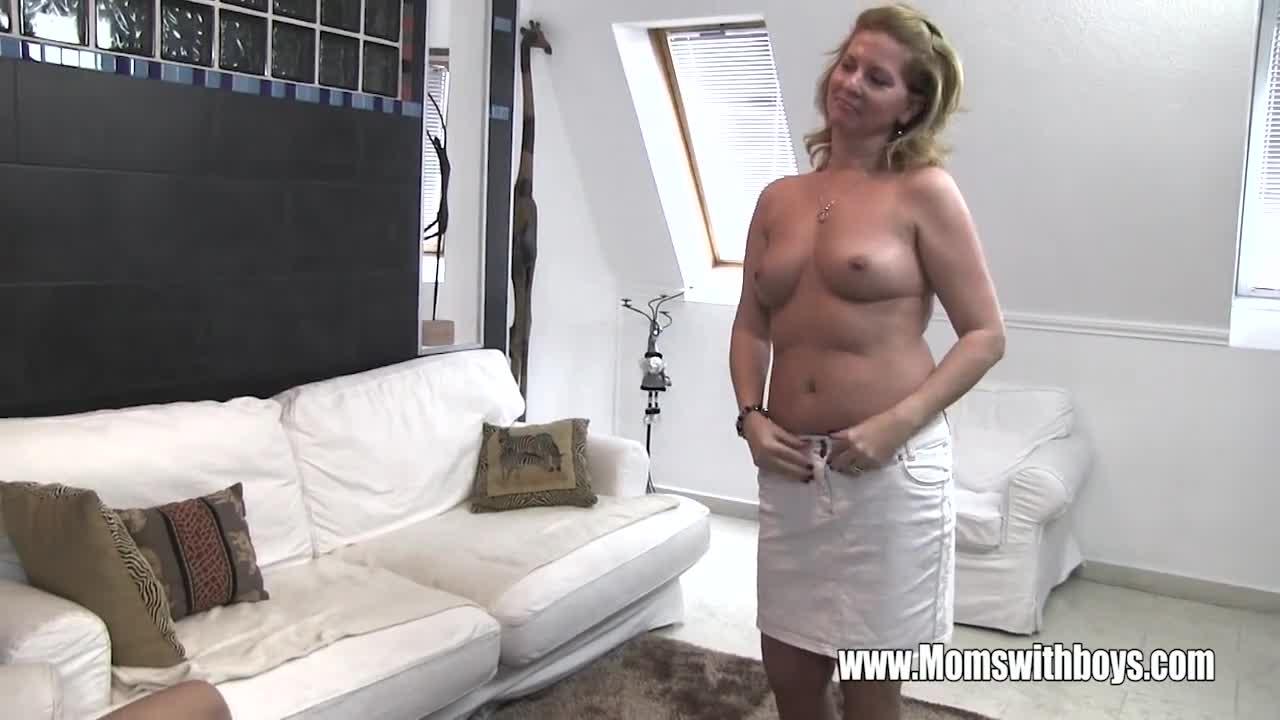 Khoudia diop naked