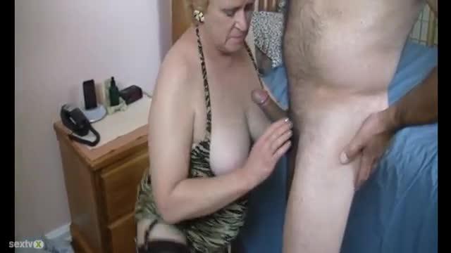 nude ass fingering