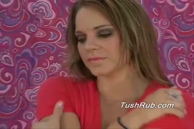 Slutload girl peeing competition