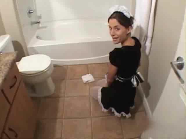поражаюсь, секс с горничной в гостинице а жена в ванной глотков сока, съедена