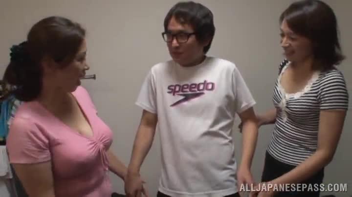 Euro speedo 3some