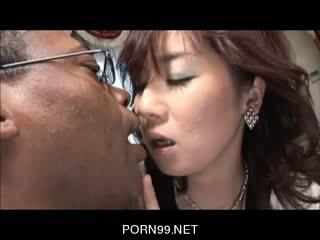sex tycoon and the destitute swamp ho yu izawa - 1