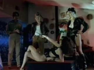 Milly D Abbraccio Porno At The Pool abbraccio , oralsex , classic