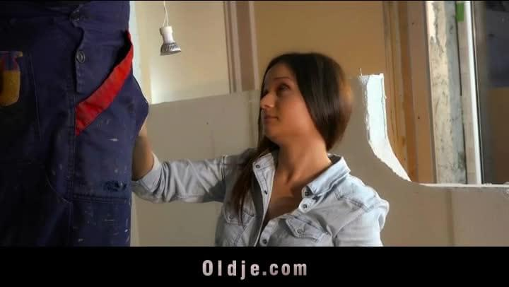 Alt Babe Pays Electrician With Bj And Fuck