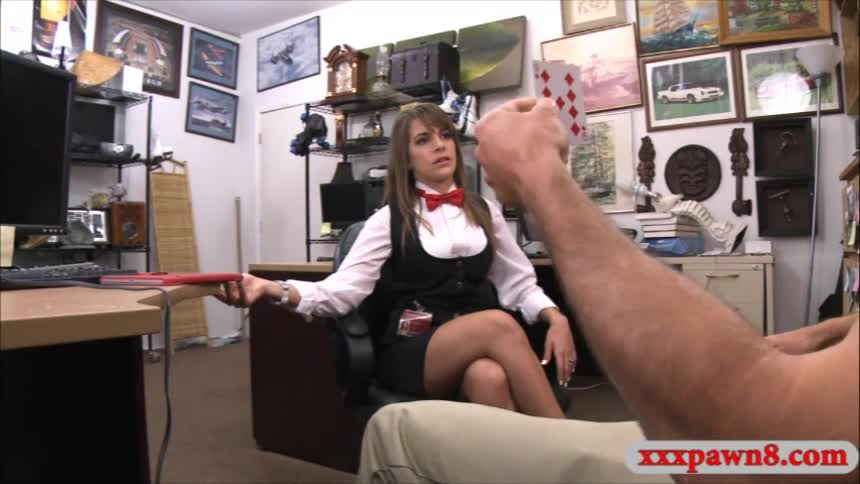 Business woman pawns her twat and fucked