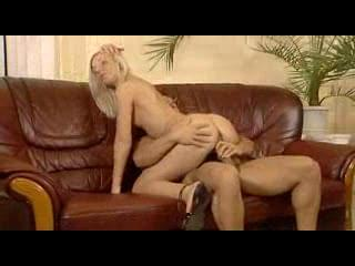 Blonde Amateur Teen In The Sofa M22 Xxxbunker Com Porn Tube