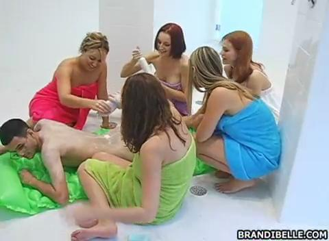 sex 4 girls 1 guy videos