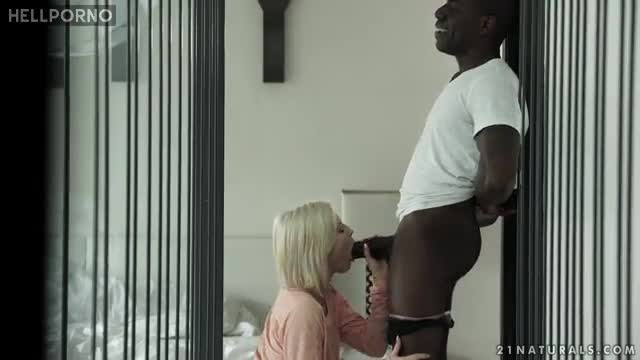 Top Rated Sex Experience With A Black Male For Zazie Skymm
