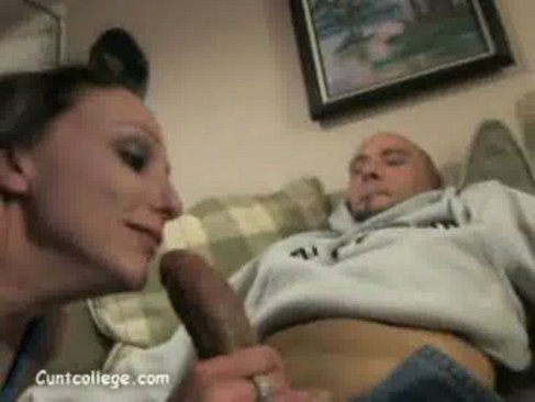 tight cutie elizabeth seductively masturbating