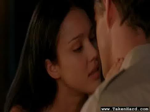 Videos jessica alba kissing