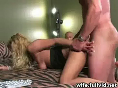 Amatuer wife sucks stranger webcam