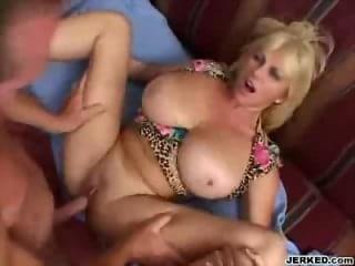 horny milf giving hot blowjobs