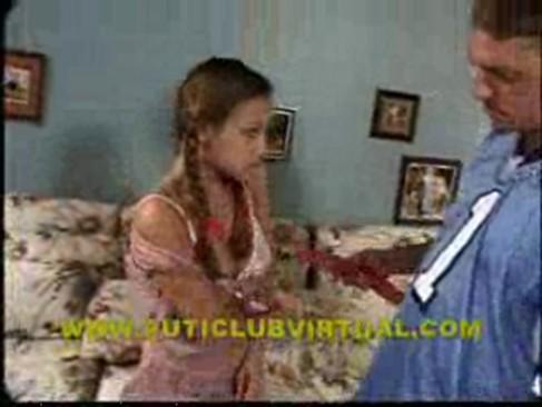 Muy Jovencita Follando Con Papa Conoce El Primer Puticlub Virtual