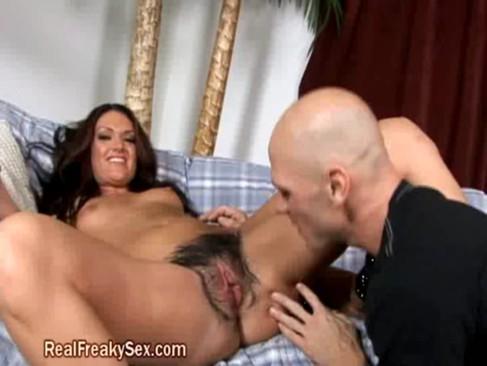 muscle man fuck vagina gif