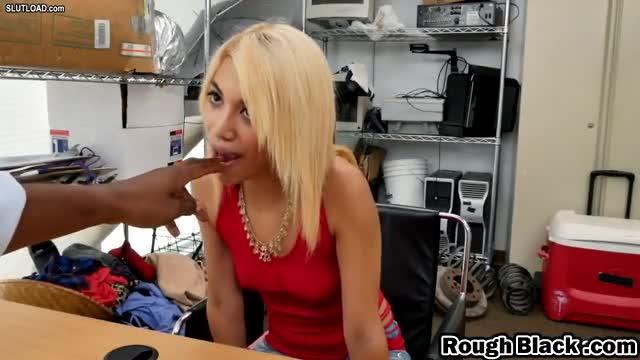 Euro mature sluts getting oralsex