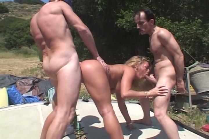 Porn galleries hard core sex trailer pics