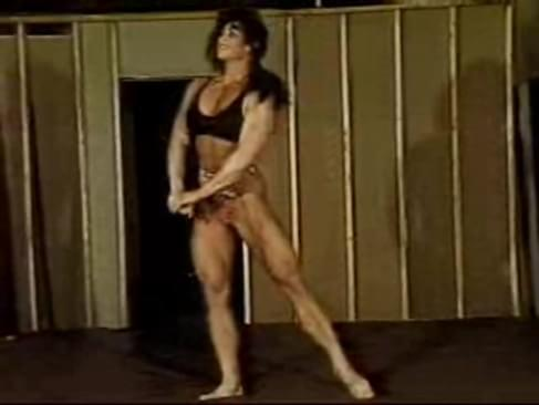 Mied Wrestling With Female Bodybuilder Laura Vukov