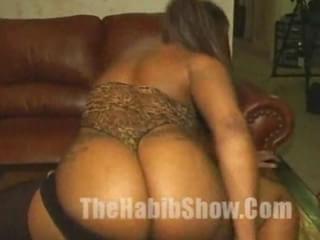 50 inch booty pornstar cherokee dass fucked in the slum 8