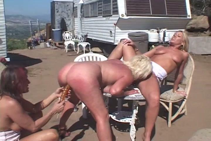 sex park lesbians Milf trailer