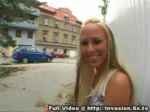 Blonde public finger bang