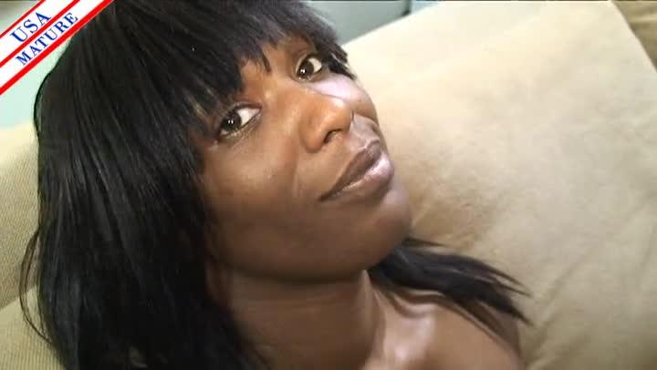 Ebony Deep Throat Swallow