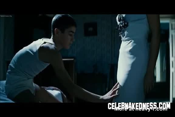Bellucci nude pleasure monica