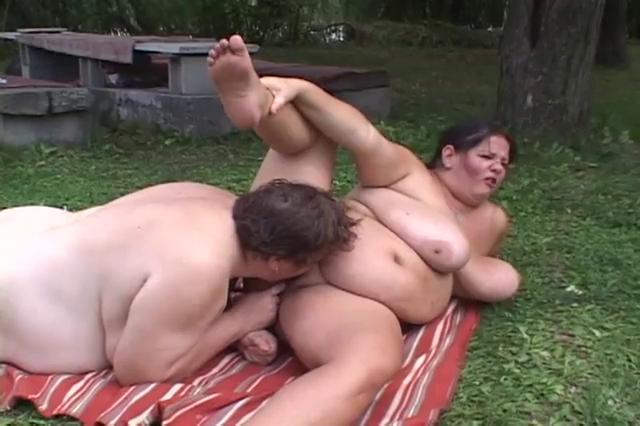Fat pussy beach