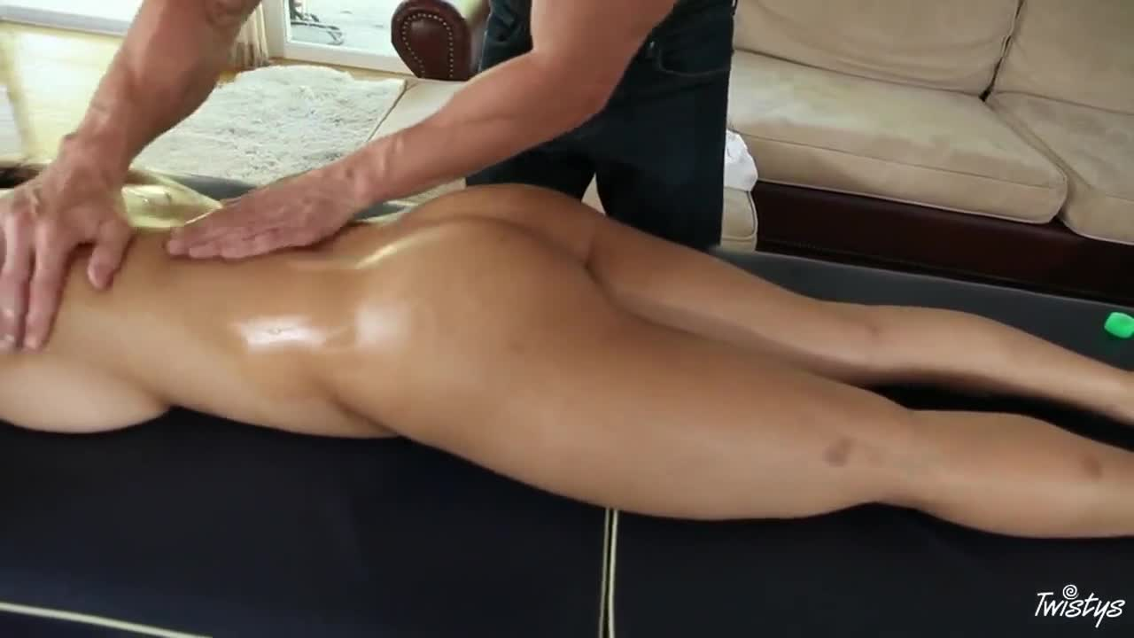 image Femaleagent pleasure my pussy and i promise you lots of work