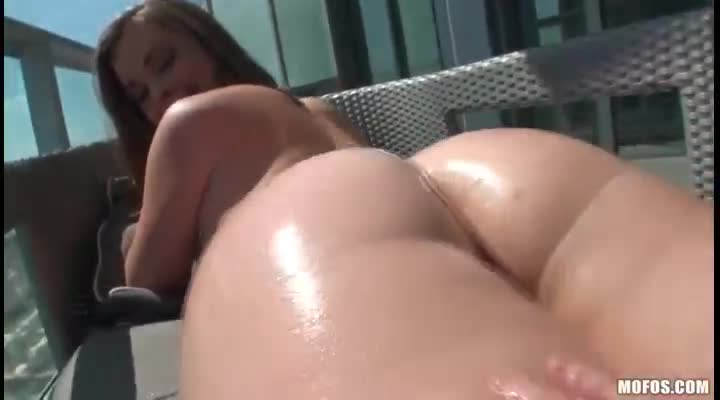 Inexperienced Cutie Teen Amateur Try Her First Anal Sex 21