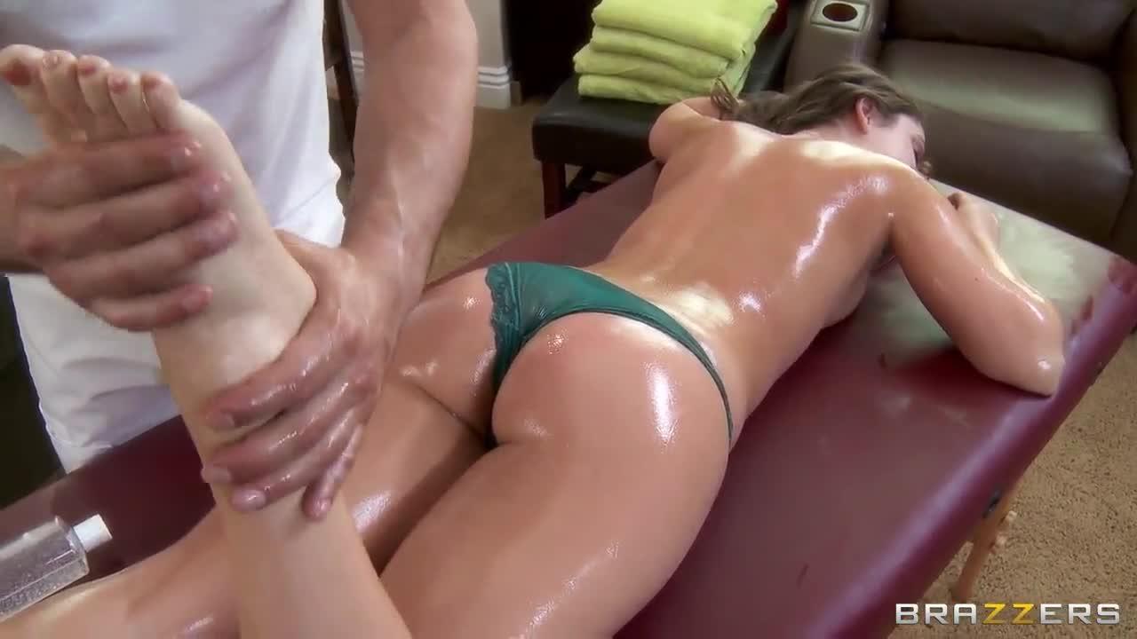 remy lacroix massage
