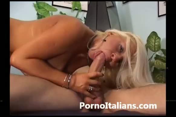 milf giovane visdeo porno