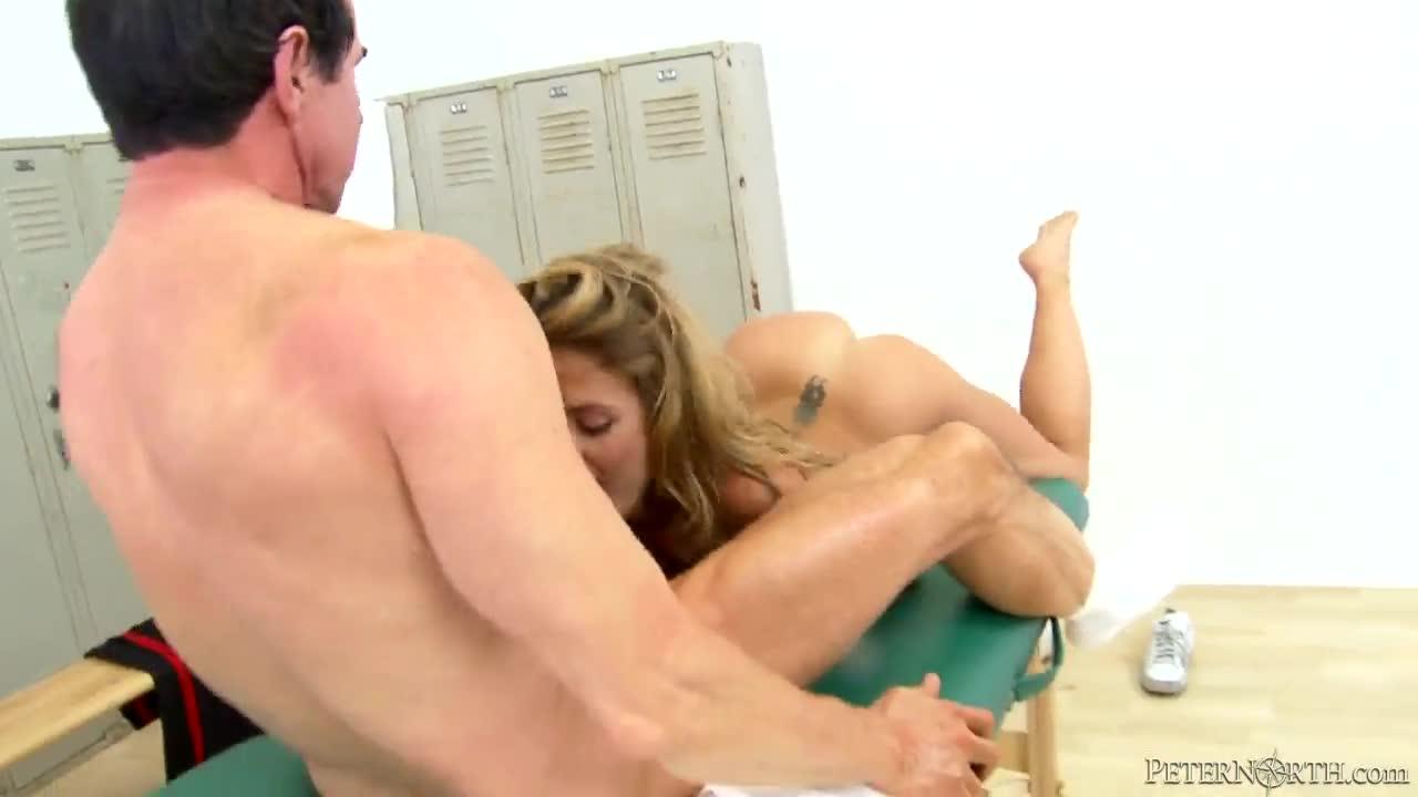 Big dick bisexual sex pictures