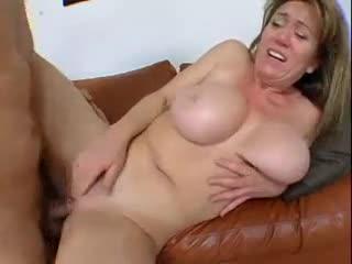 Porno anal mom