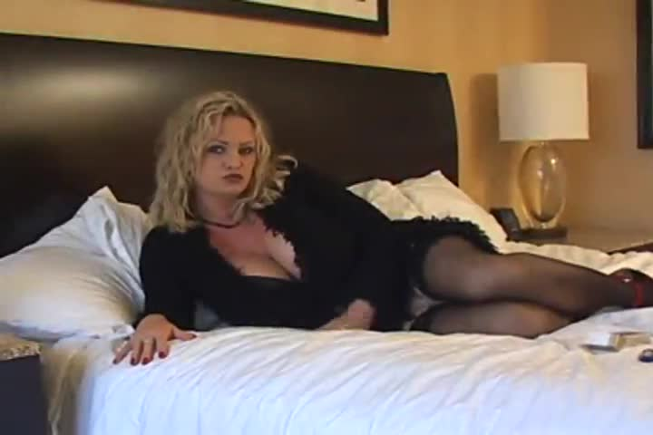 Cougar Mom Milf Mature Gilf