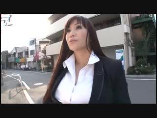 Freaking amazing japanese milf tits