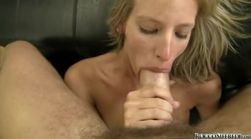 women peeing in bed videos
