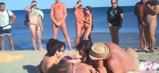 Nudist beach preys on young hotties - 2 7