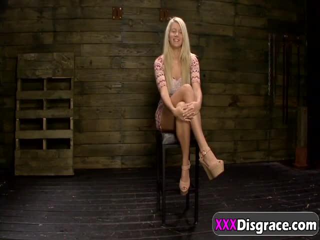 Punk teen girl nude self pic