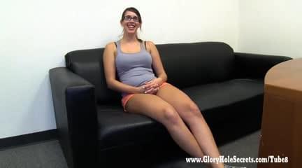 Midget takes it anal