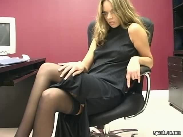 Girl First Time Eating Pussy