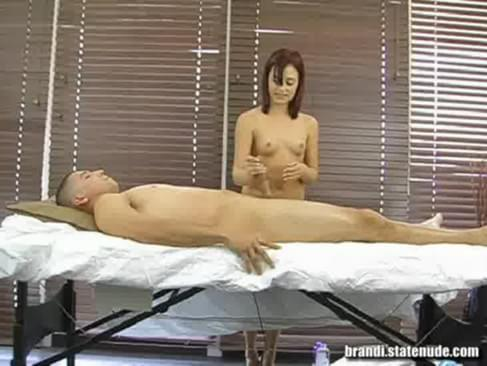 accidental nudity tube