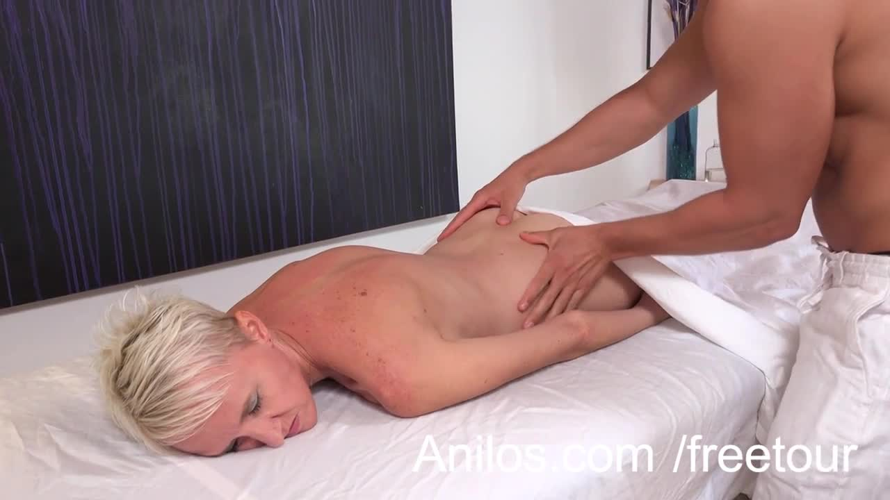 Amateur massage happy ending