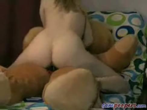girl fucks her teddy bear